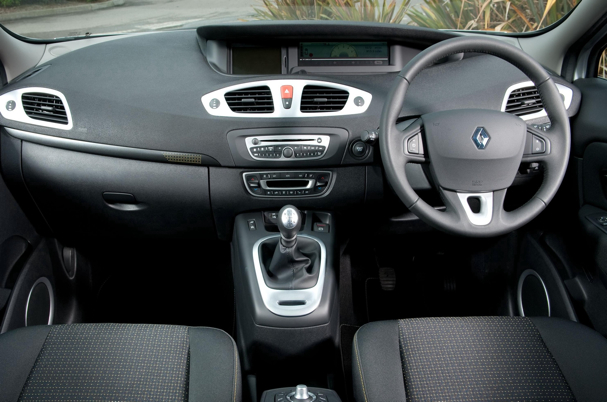 Renault Grand Scenic behind the wheel