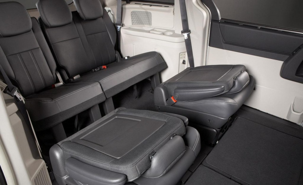 Chrysler Grand Voyager seats down