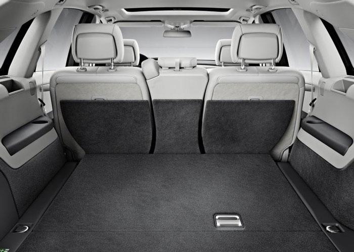 Mercedes Benz-R Class boot