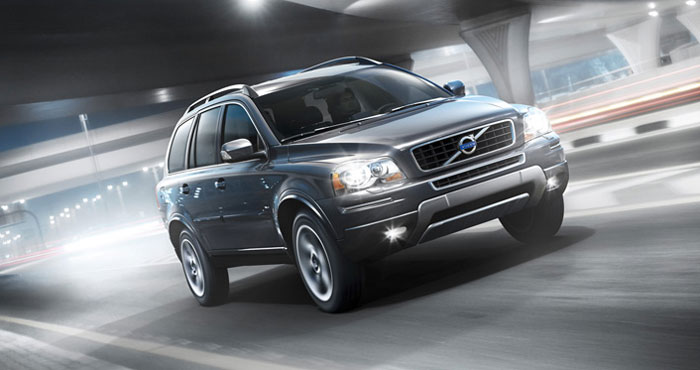 Volvo XC90 on the road